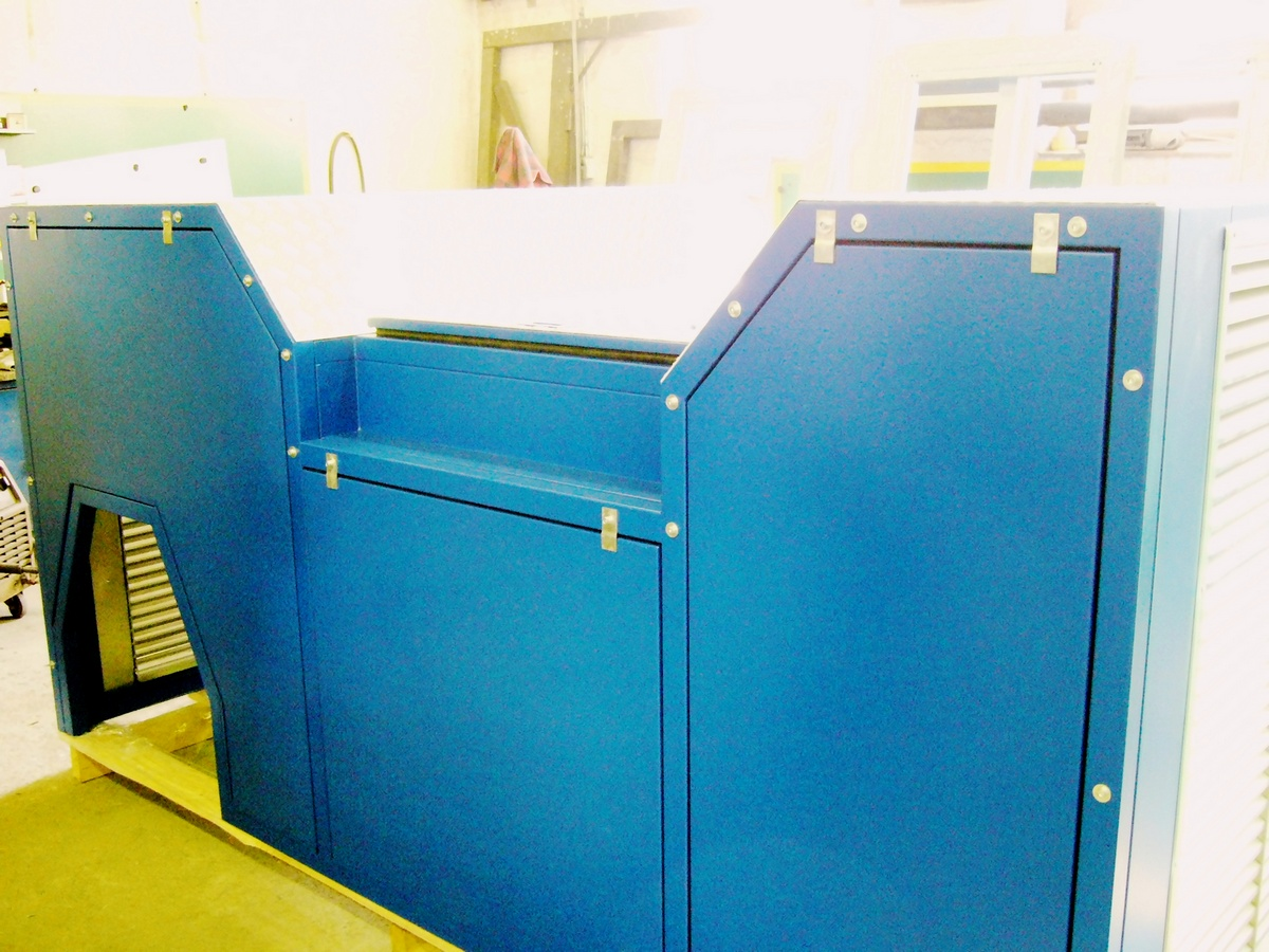 Noise barrier for diesel-generating set